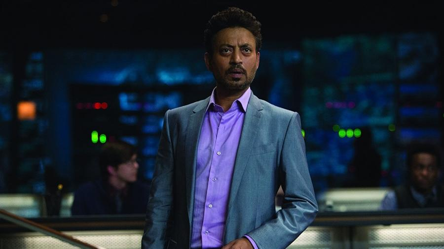 """O ator indiano Irrfan Khan em cena de """"Jurassic World"""" - Reprodução"""