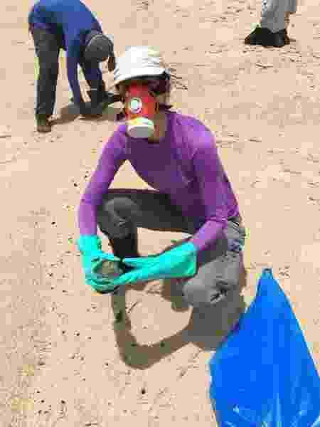 A jornalista e professora de yoga Carline Piva, voluntária em Serra Grande (BA) - Arquivo pessoal