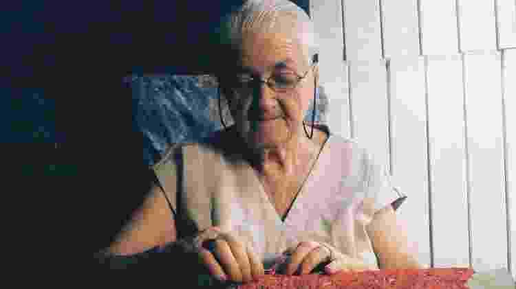 Aos 91 anos, Dona Odete ainda está na ativa com a renda renascença - Divulgação/Fenearte - Divulgação/Fenearte