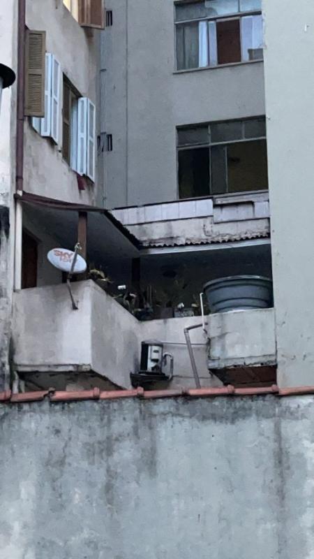 sacada-da-casa-de-ator-do-sbt-e-proxima-a-um-muro-1631913890228_v2_450x1 Polícia encontra possível rota de fuga em apartamento de ator do SBT morto