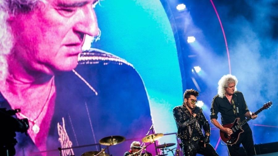 Adam Lambert se apresenta com o Queen no Rock in Rio em 2015 - Eduardo Anizelli/Folhapress