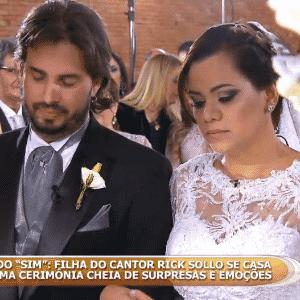 23.out.2016 - Mônica e Marcos se casaram numa cerimônia íntima organizada em São Paulo - Reprodução/SBT.com.br