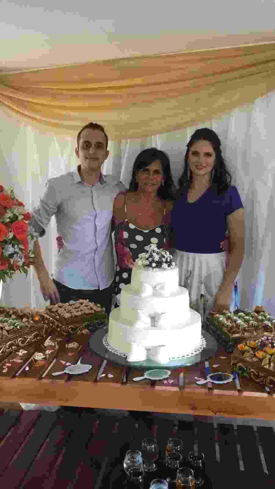 Recentemente Gretchen abriu o Espaço das Marias em Jaboatão dos Guararapes, em Pernambuco para eventos e spa e foi no local que ela organizou a festa de casamento do seu terceiro filho Sergio Aversani, de 25 anos, com a psicóloga Rafaella Cecconelo - Divulgação