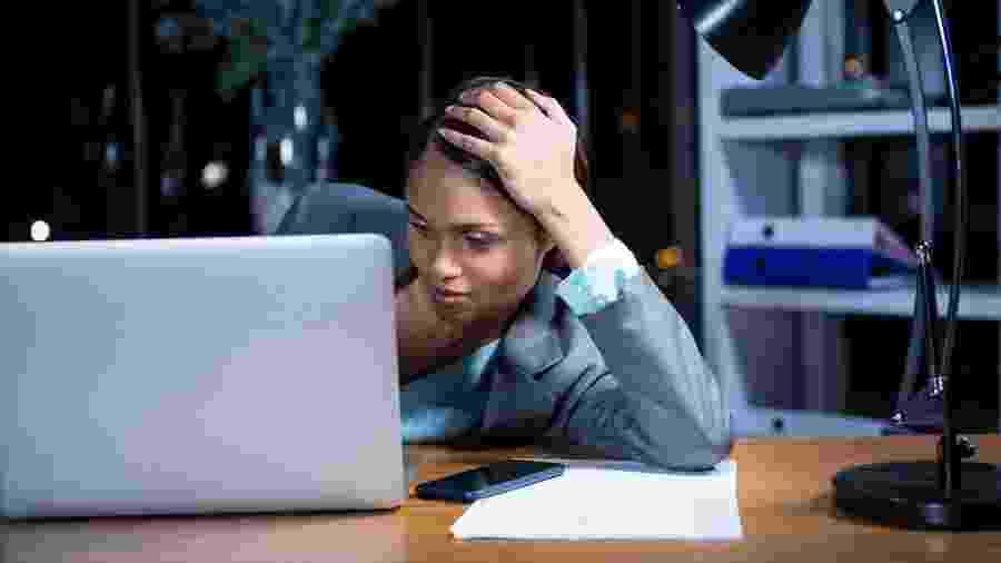 A procrastinação ocorre quando alguém não consegue realizar uma tarefa pretendida e a adia continuamente - iStock