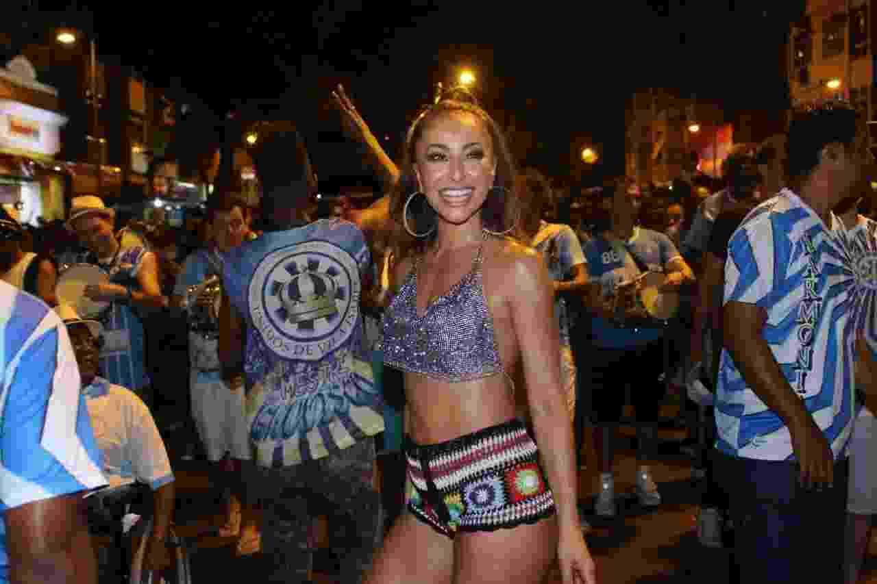 Musa da Vila Isabel, Sabrina Sato participa de ensaio da agremiação para o Carnaval 2018 - Daniel Pinheiro/AgNews