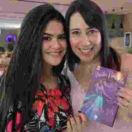 """Maisa Silva e Paula Pimenta, autora de """"Cinderela Pop"""" - Reprodução/Instagram/@paulapimenta"""