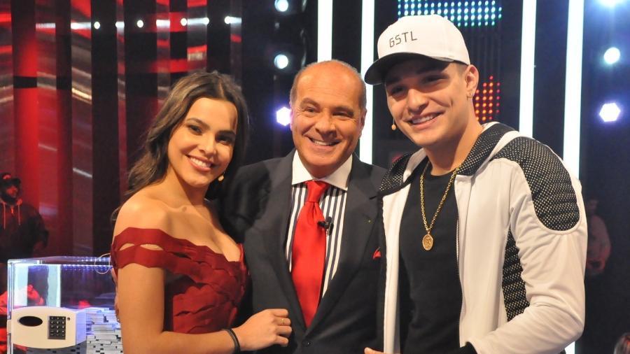 """Ex-BBB Emilly e MC Gui participam do """"Mega Senha"""" com Marcelo de Carvalho  - Divulgação/RedeTV!"""