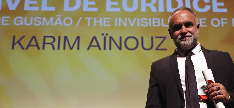 """Karim Ainouz após """"A Vida Invisível de Eurídice Gusmão"""" ganhar o principal prêmio da mostra Un Certain Regard, em Cannes - REUTERS/Eric Gaillard"""