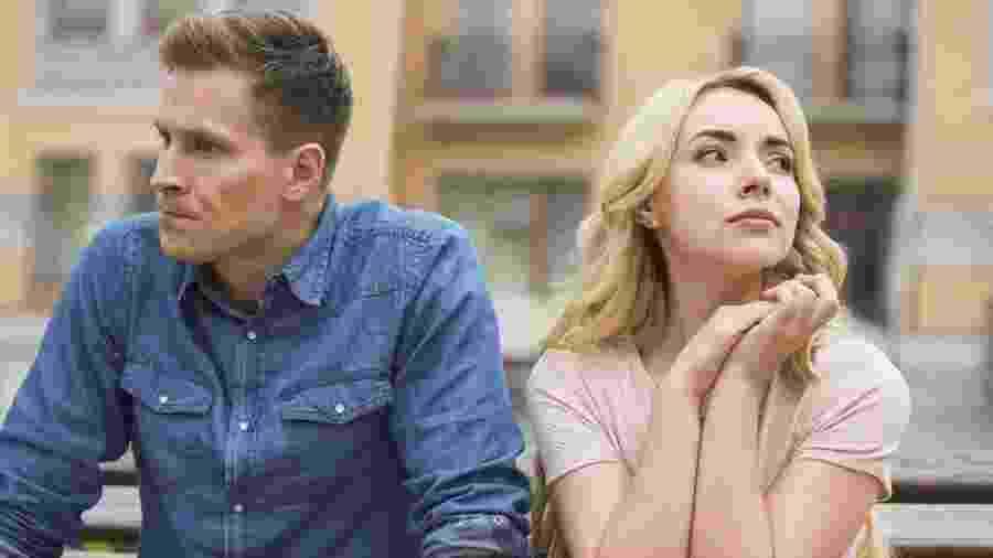 Como ficar de bem com esse sentimento no meio do casal? - Motortion/iStock