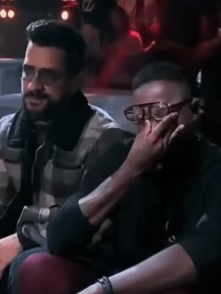 """Mumuzinho chora ouvindo Péricles cantar """"Melhor eu ir"""" - Reprodução/Youtube"""