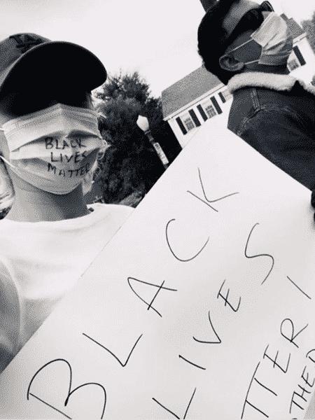 Miley Cyrus em protesto contra a morte de George Floyd, nos Estados Unidos - REPRODUÇÃO/INSTAGRAM