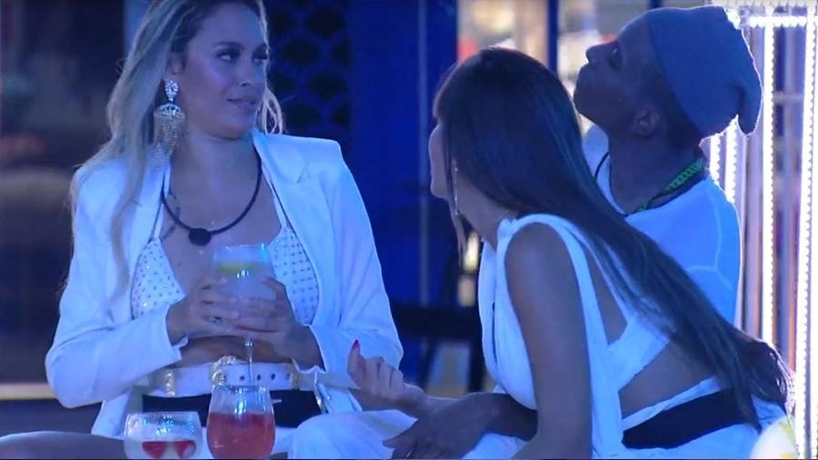 """BBB 21: Sarah, Thais e Lucas conversam sobre """"shipps"""" da edição - Reprodução/ Globoplay"""