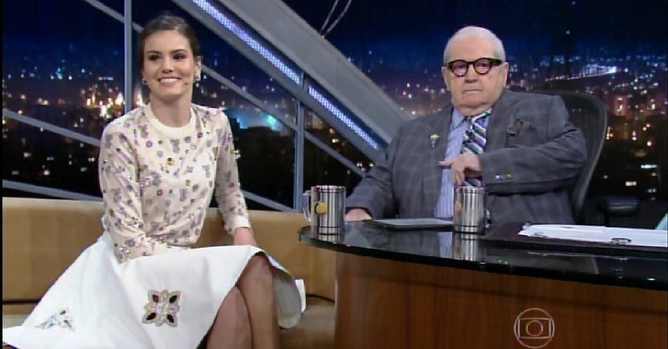 27.jul.2015 - Camila Queiroz diz que não gosta de ficar mostrando o corpo na novela
