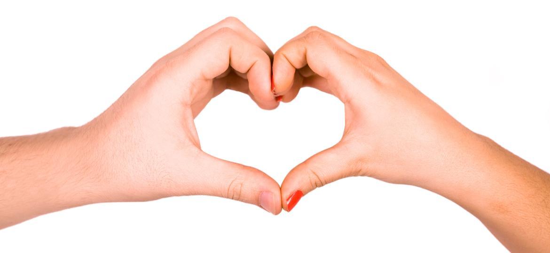 Coração com as mãos - Getty Images