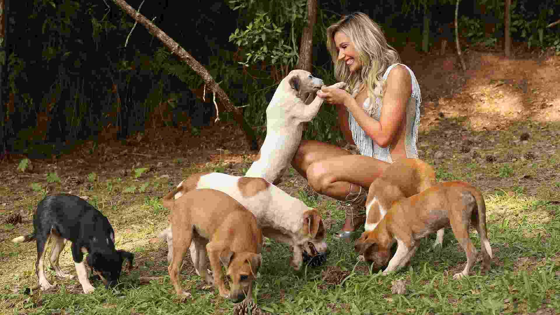 Luisa Mell é destaque da Águia de Ouro que neste carnaval traz no samba-enredo a luta em defesa dos animais - Iwi Onodera/UOL