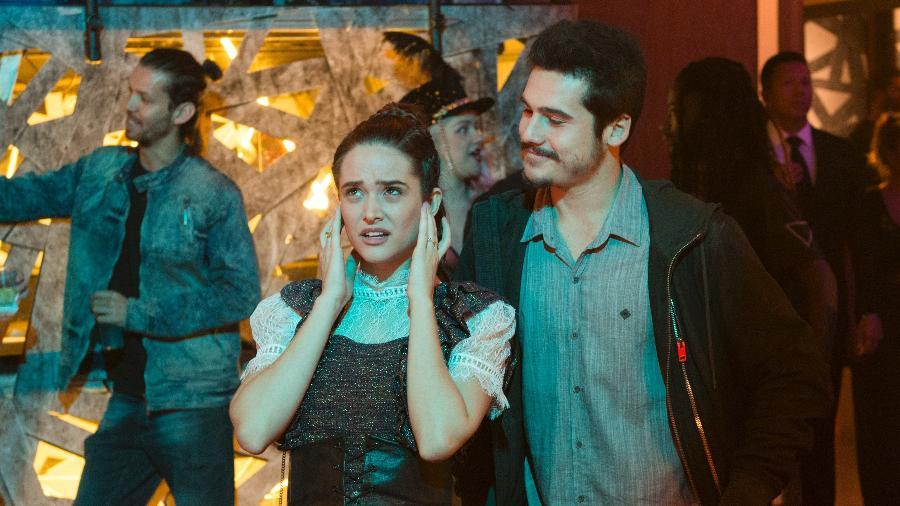 Marocas (Juliana Paiva) e Samuca (Nicolas Prates) na boate - Estevam Avellar/Globo