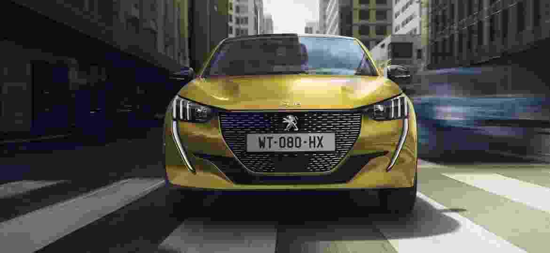 Segunda geração do hatch compacto tem até versão 100% elétrica no mercado europeu; novo C3 chega em 2021 - Divulgação
