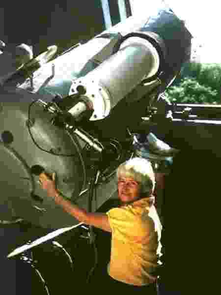 Carolyn Shoemaker: ela ganhou o título de maior descobridora de cometas - United States Geological Survey
