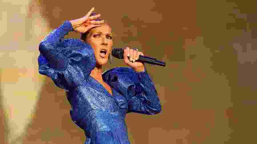 Celine Dion durante apresentação em Londres - Getty Images