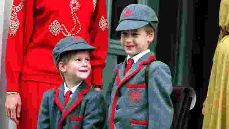 Harry, aos 5, em seu primeiro dia de aula na Wetherby School, Notting Hill - PA