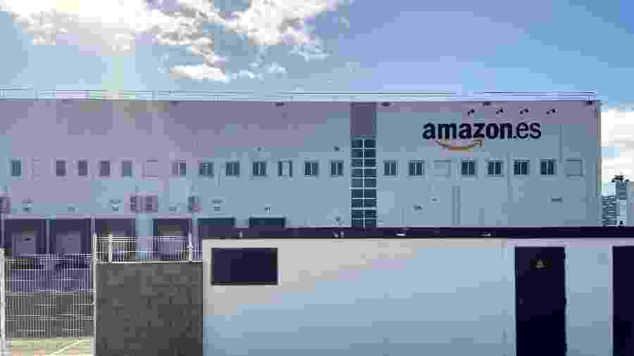 Porta-voz da Amazon confirmou que a equipe já voltou ao trabalho após o alarme falso - Getty Images