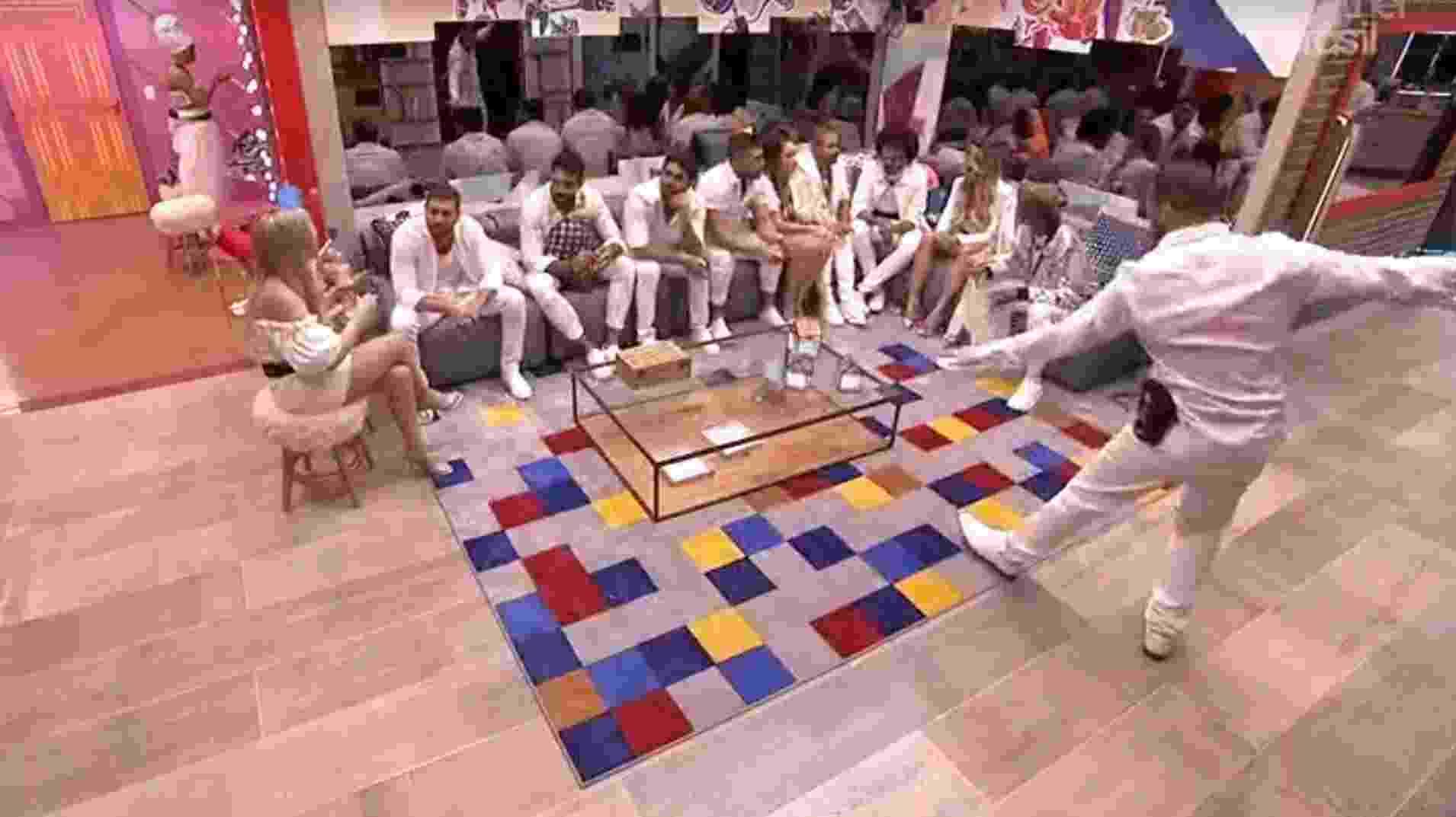 BBB 21: Brothers aguardam início da festa - Reprodução/Globoplay