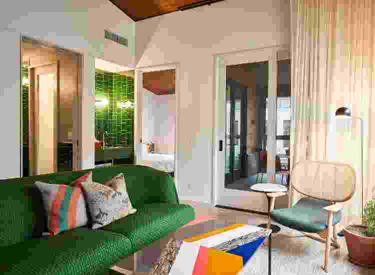Com as mudanças, alguns motéis chegam a preços de hotelaria de alto padrão. Na foto, área de estar de uma suíte do Magdalena - Nick Simonite - Nick Simonite