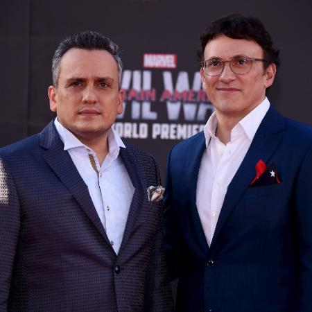 Os diretores Joe (esq.) e Anthony Russo  - Phil McCarten/Reuters