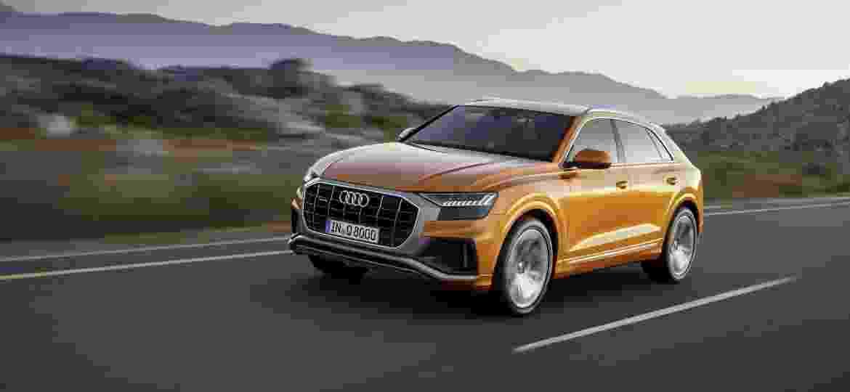 SUV topo de linha da Audi traz tecnologia híbrida leve e mesmo motor V6 turbo do Porsche Cayenne - Divulgação