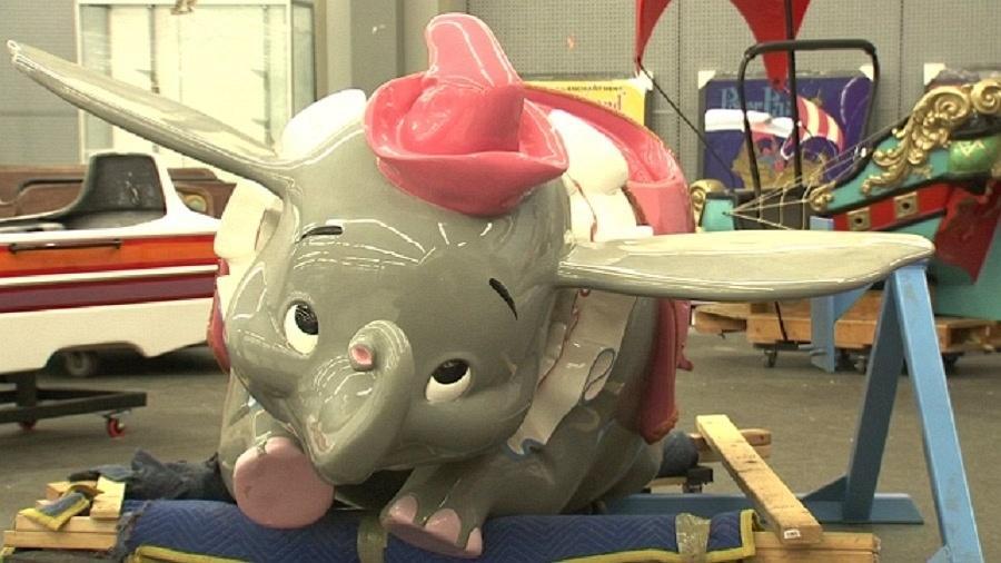 Imagem do carro do personagem Dumbo, clássico da Disney - Reuters/Reprodução