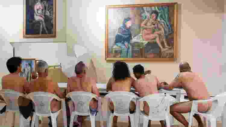 Visita guiada contou com mais de 50 nudistas em museu colombiano - Joaquin Sarmiento/AFP - Joaquin Sarmiento/AFP