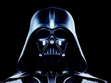 Capacete De Darth Vader E Leiloado Entre Tesouros Avaliados Em Us