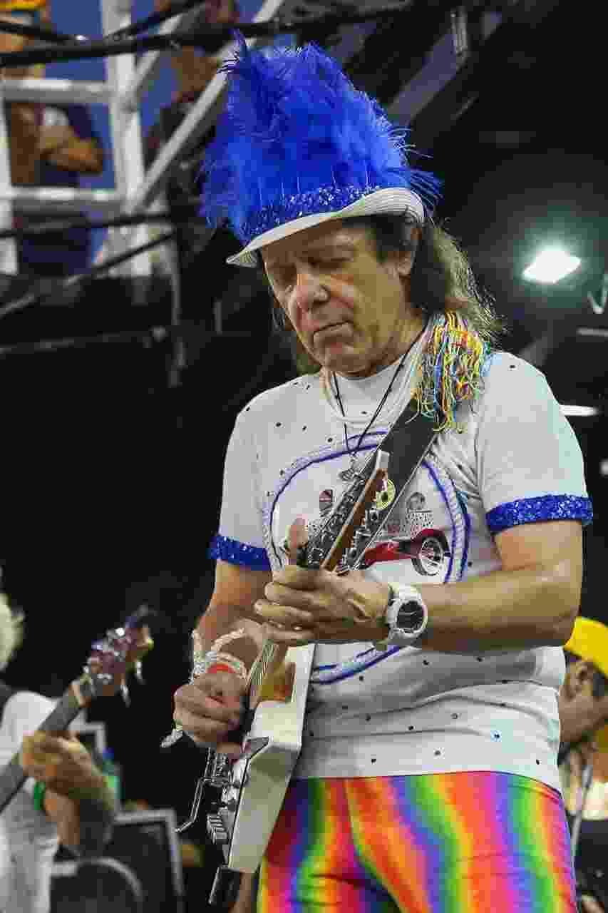 Armandinho comemora 70 anos de trio na Praça Castro Alves - Soraia Carvalho/UOL