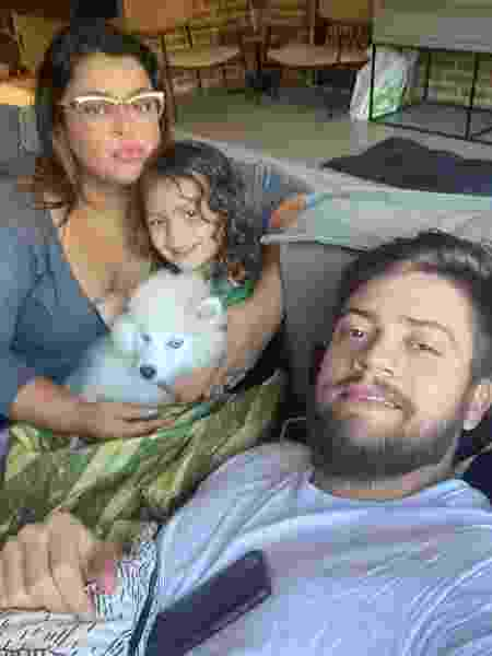 Preta Gil e a neta, Sol de Maria, e o marido Rodrigo Godoy - Reprodução/Instagram