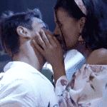 A Fazenda 2020: Jake e Mariano se beijam na 'Festa Sextou' - Reprodução/Playplus