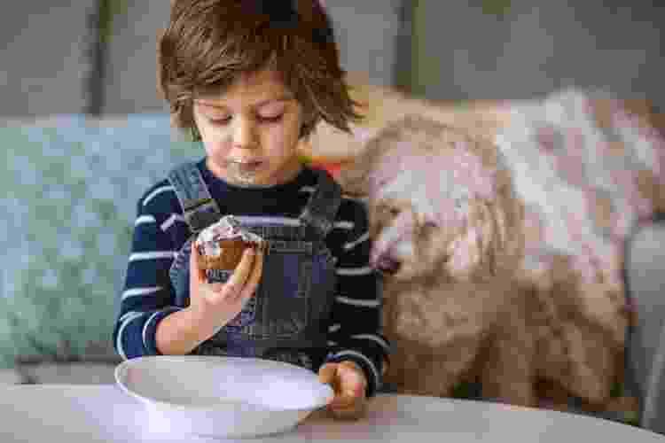O ideal é comer o cupcake ainda fresquinho - Getty Images - Getty Images