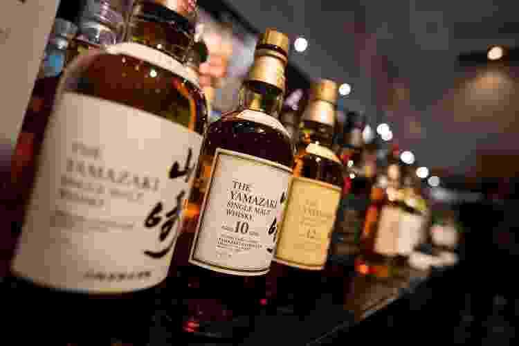 Garrafas do Suntory Yamazaki single malt - Jeremy Sutton-Hibbert/Getty Images - Jeremy Sutton-Hibbert/Getty Images