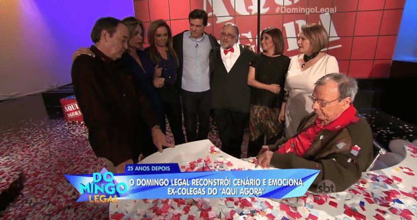 """21.ago.2016 - Gil Gomes reencontra amigos do """"Aqui Agora"""" - Reprodução/SBT"""