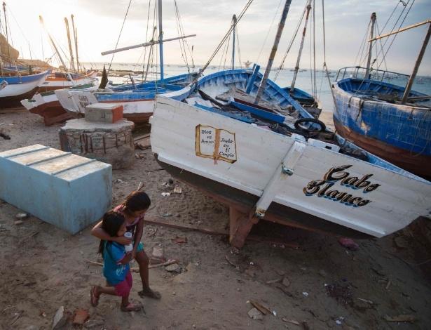 Praia desolada do vilarejo de Cabo Blanco, no Peru, onde o escritor pescou o peixe marlim - Cris Bouroncle/AFP Photo
