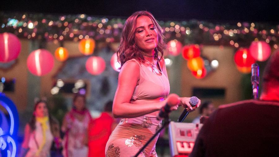 """Anitta se apresenta durante uma festa na casa do """"BBB17"""" - Paulo Belote/Divulgação/TV Globo"""