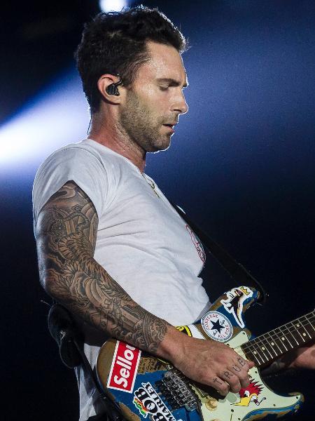 O vocalista Adam Levine durante show do Maroon 5 no Rock in Rio - Bruna Prado/UOL
