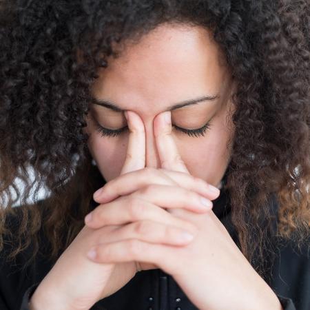 Ansiedade na vida adulta pode ser por causa de traumas da infância - iStock
