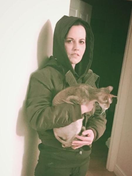 """Dolores O""""Riordan em foto postada no seu Twitter no dia 4 de janeiro - Reprodução/Twitter/@DolORiordan"""
