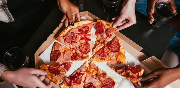 Além de pizza, advogado alemão recebeu outros produtos, como sushi e currywurst