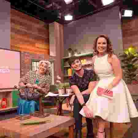 """Tia (Guilherme Uzeda), Fefito e Regina Volpato no novo cenário do programa """"Mulheres"""", da Gazeta - Reprodução/Instagram - Reprodução/Instagram"""