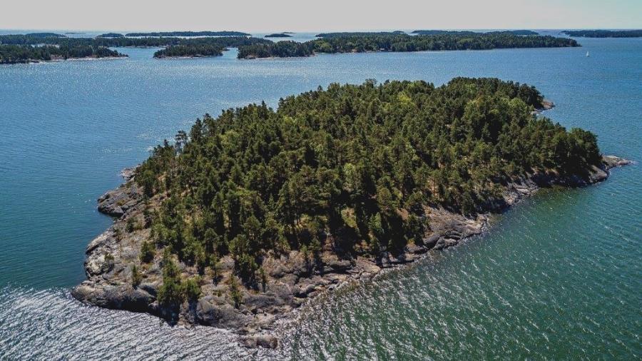 Uma ilha deserta na costa da Finlândia com um resort para apenas dez pessoas, ou melhor, dez mulheres - Divulgação