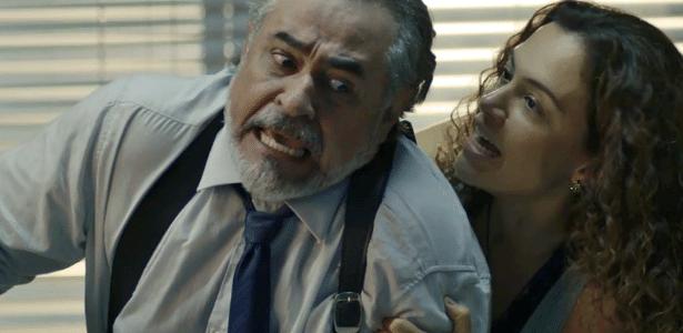 Selma dá uma surra em Viana