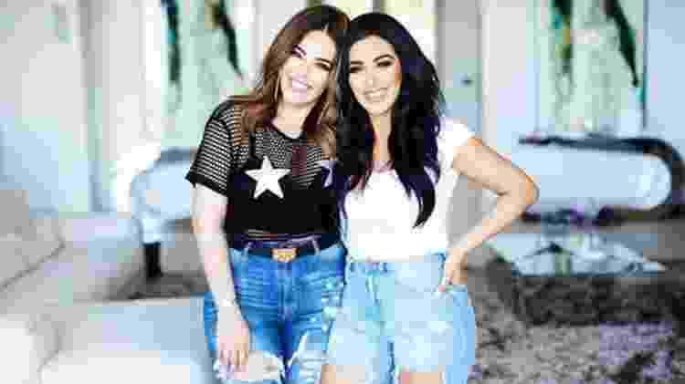 Huda e sua irmã Mona (à esquerda) lançaram a marca em 2013 - Huda Beauty - Huda Beauty
