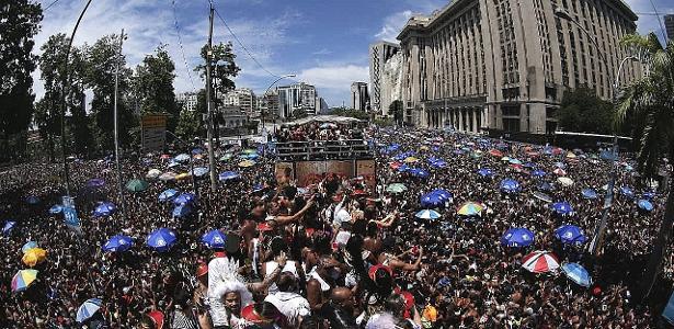 Folia carioca | BBB no Carnaval? Rio anuncia drones em blocos e barreiras em megablocos