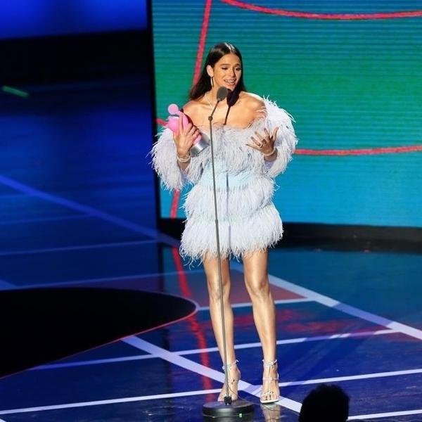 Ícone Miaw no ano passado, Bruna Marquezine volta como umas das apresentadoras do prêmio